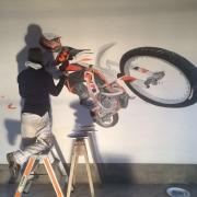Janine-Cristina-Hemmi-Motocross Garage_2